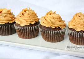 The BEST Peanut Butter Buttercream Frosting Recipe by MyCakeSchool.com! Tastes amazing with chocolate cakes and cupcakes! MyCakeSchool.com online cake tutorials, recipes, videos, and more!