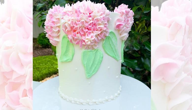 Buttercream Hydrangeas- A Cake Video Tutorial