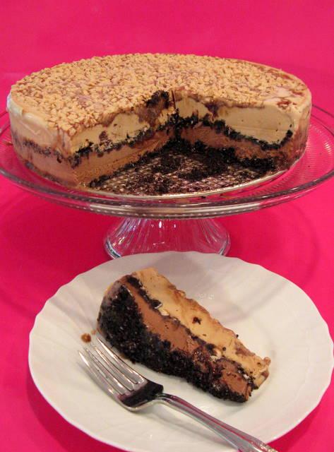 DELICIOUS Coffee Toffee Ice Cream Cake Recipe! MyCakeSchool.com