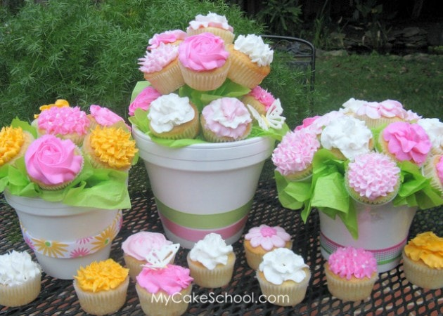 Learn to Create a Cupcake Bouquet in My Cake School's cake video tutorial!
