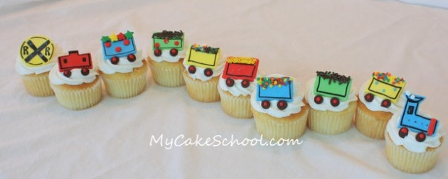 Train cupcakes! Such a sweet tutorial by My Cake School!