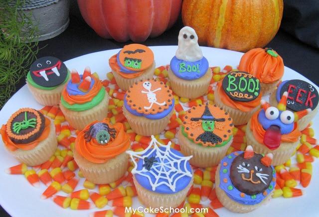 Halloween Cupcake Decorating Ideas Spider Web : Ghoulish Halloween Cupcakes My Cake School
