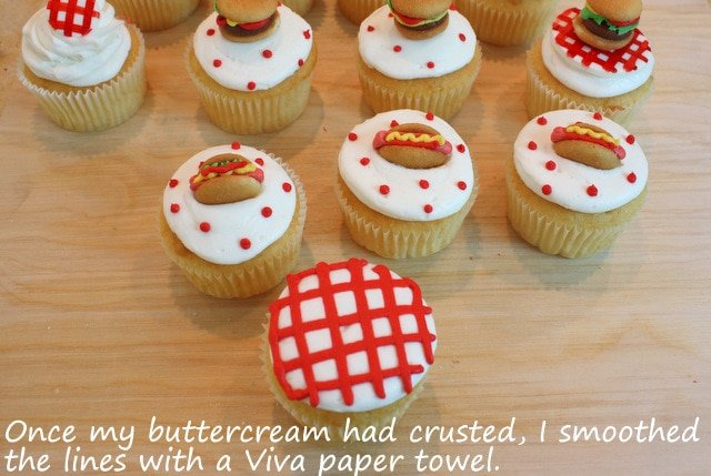 These Adorable Cookout Cupcake Toppers are the CUTEST! Free cupcake tutorial by MyCakeSchool.com!