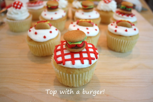 Adorable Cookout Cupcake Toppers by MyCakeSchool.com! Free cupcake tutorail!