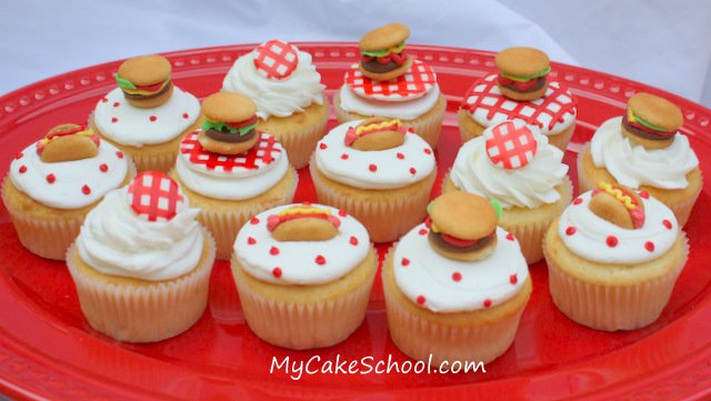 Fun and festive Cookout Cupcakes! Free cupcake decorating tutorial by MyCakeSchool.com. So EASY!