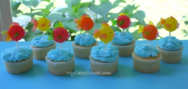 Adorable fish and crab cupcake tutorial by MyCakeSchool.com! Perfect for beach parties and pool parties!