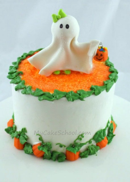 Cute ghost topper pumpkin border Cute easy halloween cakes