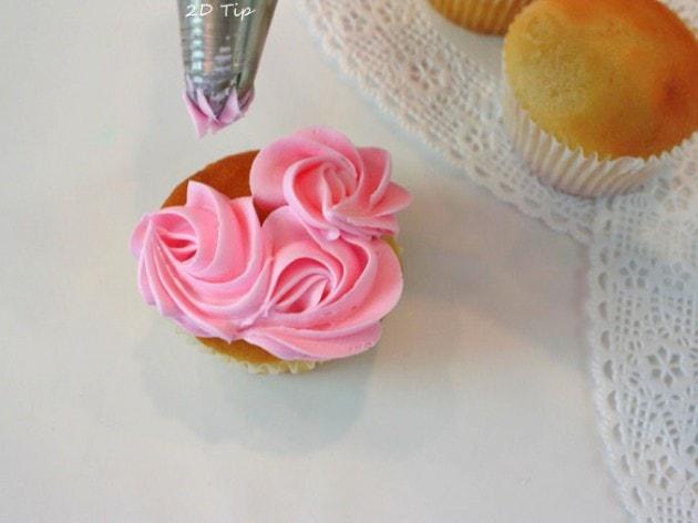 Sweet Valentine S Wreath Cupcake Style My Cake School