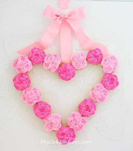 1cupcake-wreath-fb
