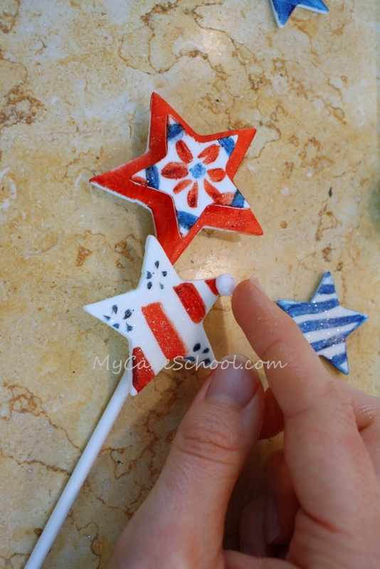 Fun and free Patriotic Cake Tutorial for July 4th! MyCakeSchool.com Online Cake Classes, Recipes, and More!