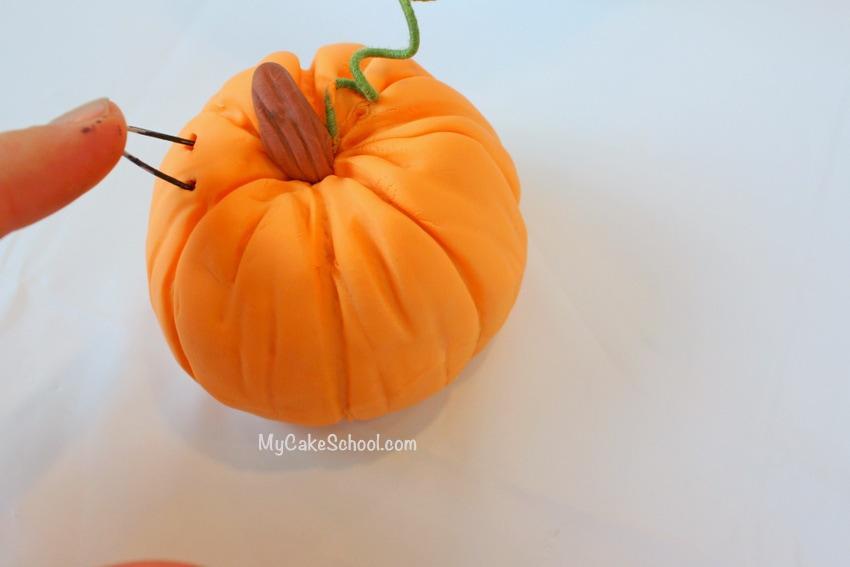 Fun and Easy Pumpkin Cake Topper Tutorial by MyCakeSchool.com! Free Fall Cake Tutorial!