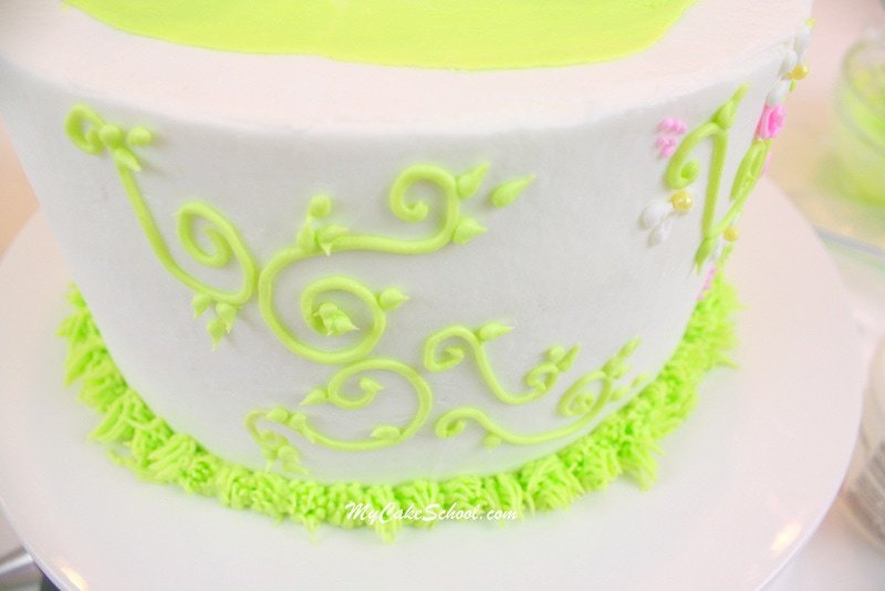 Adorable Birdhouse Cake Topper Tutorial by MyCakeSchool.com! Add a little fun and height to your cakes!