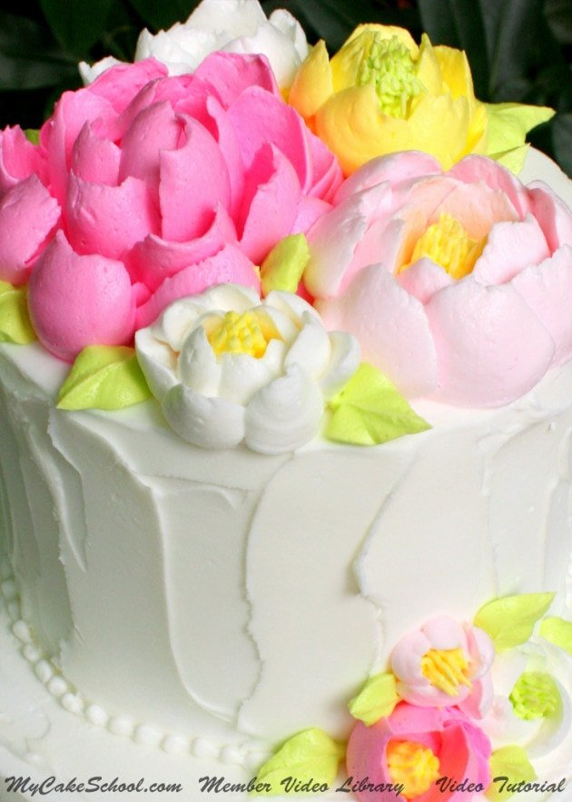 How to Pipe Large Fluffy Frosting Flowers! Video | My Cake ...