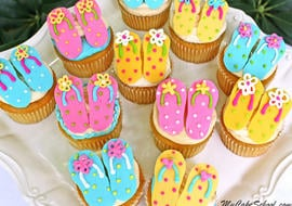 Free Flip Flop Cupcake Tutorial by MyCakeSchool.com! So simple and perfect for summer! My Cake School cake tutorials, recipes, and more!