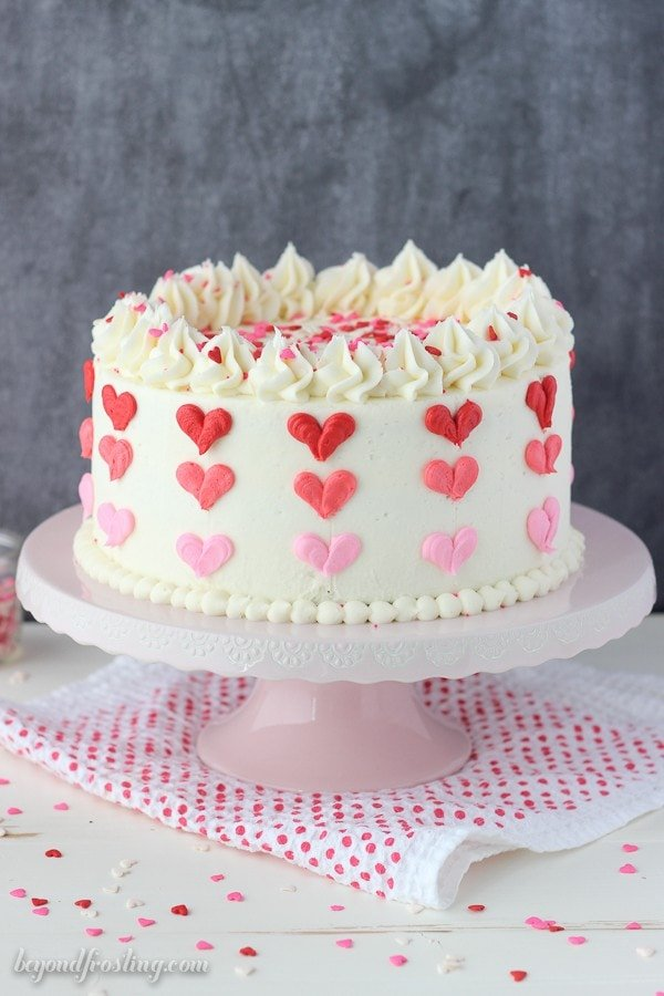 Valentines Day Heart Cake by Beyond Frosting (as featured in MyCakeSchool.com's Roundup of Valentine's Day Tutorials!)