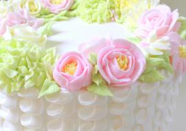 Beautiful Buttercream Floral Wreath & Piped Technique Cake Tutorial by MyCakeSchool.com!