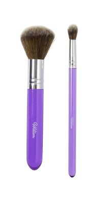 Set of two dusting brushes. These are great dusting over fondant cakes and fondant covered fondant accents with petal, luster, or pearl dusts. MyCakeSchool.com