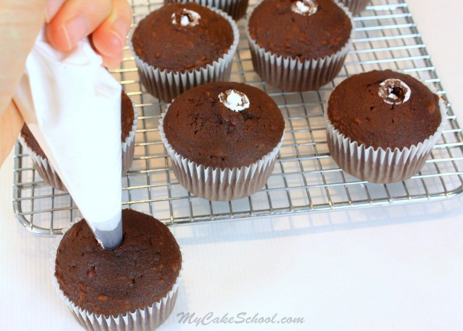 Hi Hat Cupcakes!~ A Blog and Free Video Tutorial | My Cake ...