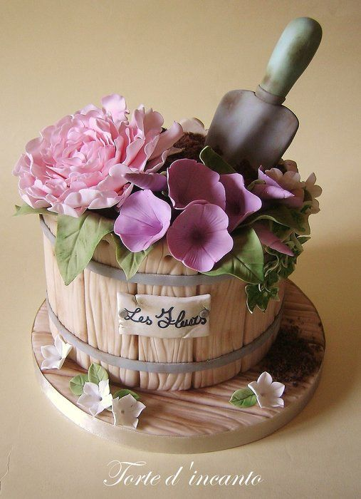 Beautiful Flower Pot Cake via Cakesdecor- MyCakeSchool.com Roundup of Mother's Day Cake Ideas