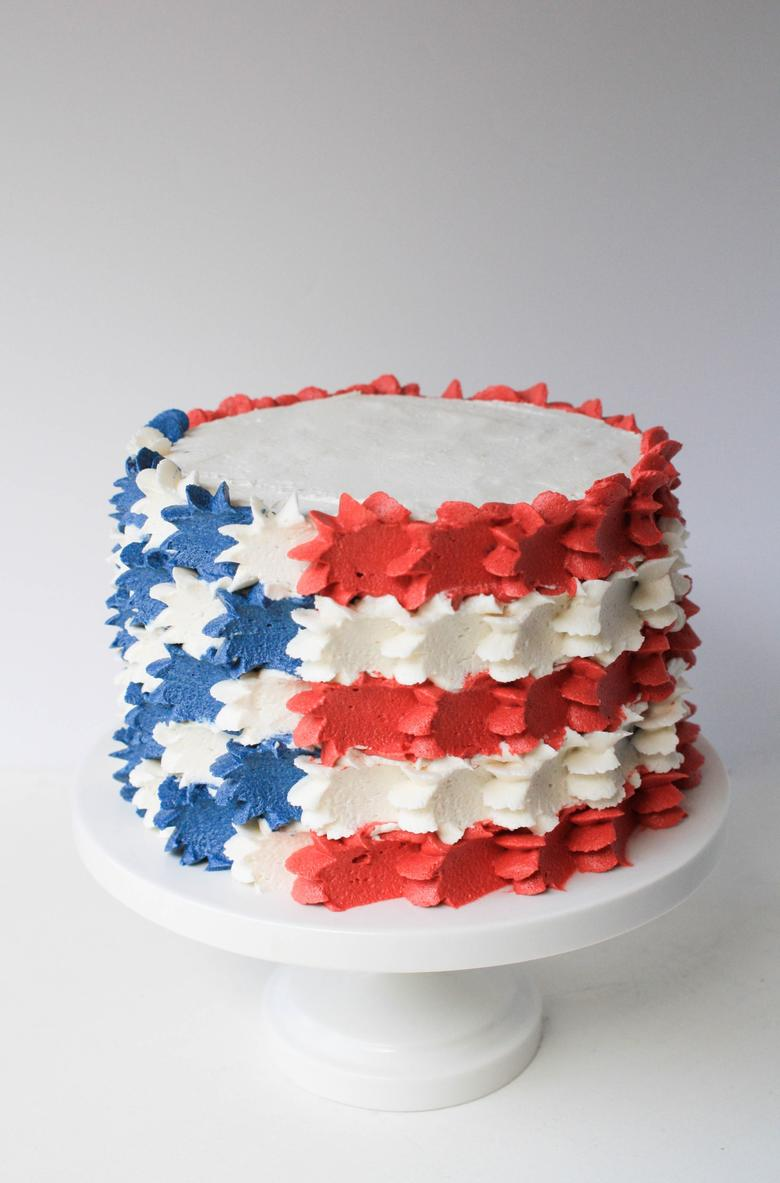 Stars and Stripes Flag Cake by Erin Bakes (as featured on MyCakeSchool.com's July 4th Roundup!)