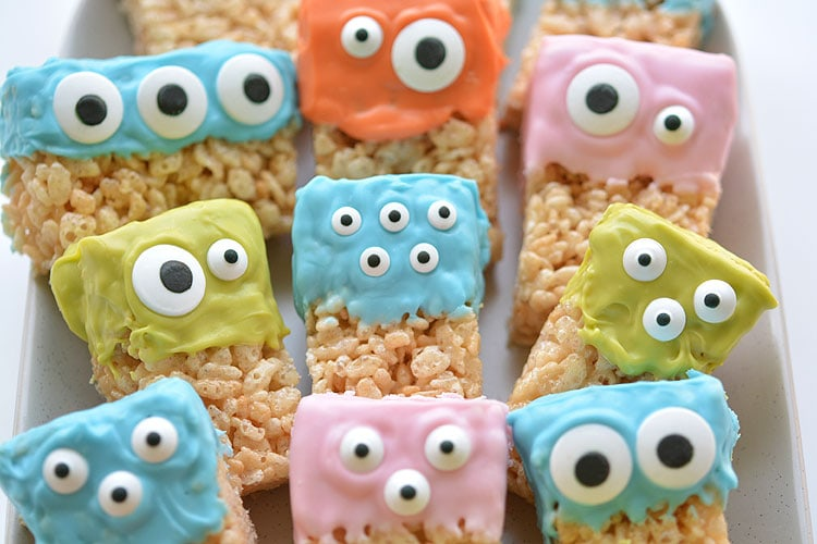 Rice Krispie Treat Monsters by One Little Project (as featured on MyCakeSchool.com's Roundup of Halloween Cake Ideas!)