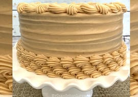 Easy and Flavorful Espresso Cream Cheese Frosting