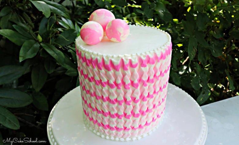 Knife Textured Buttercream Technique for cakes!
