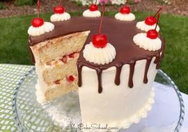 This Banana Split Layer Cake recipe is the best!