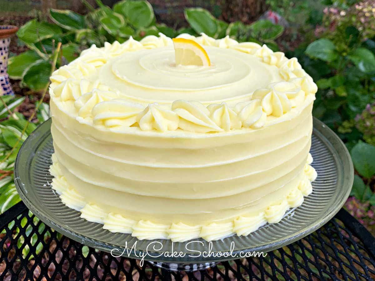 Moist and delicious Lemon Cheesecake Cake