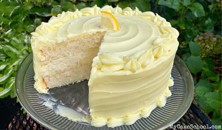 Delicious Lemon Cheesecake Cake